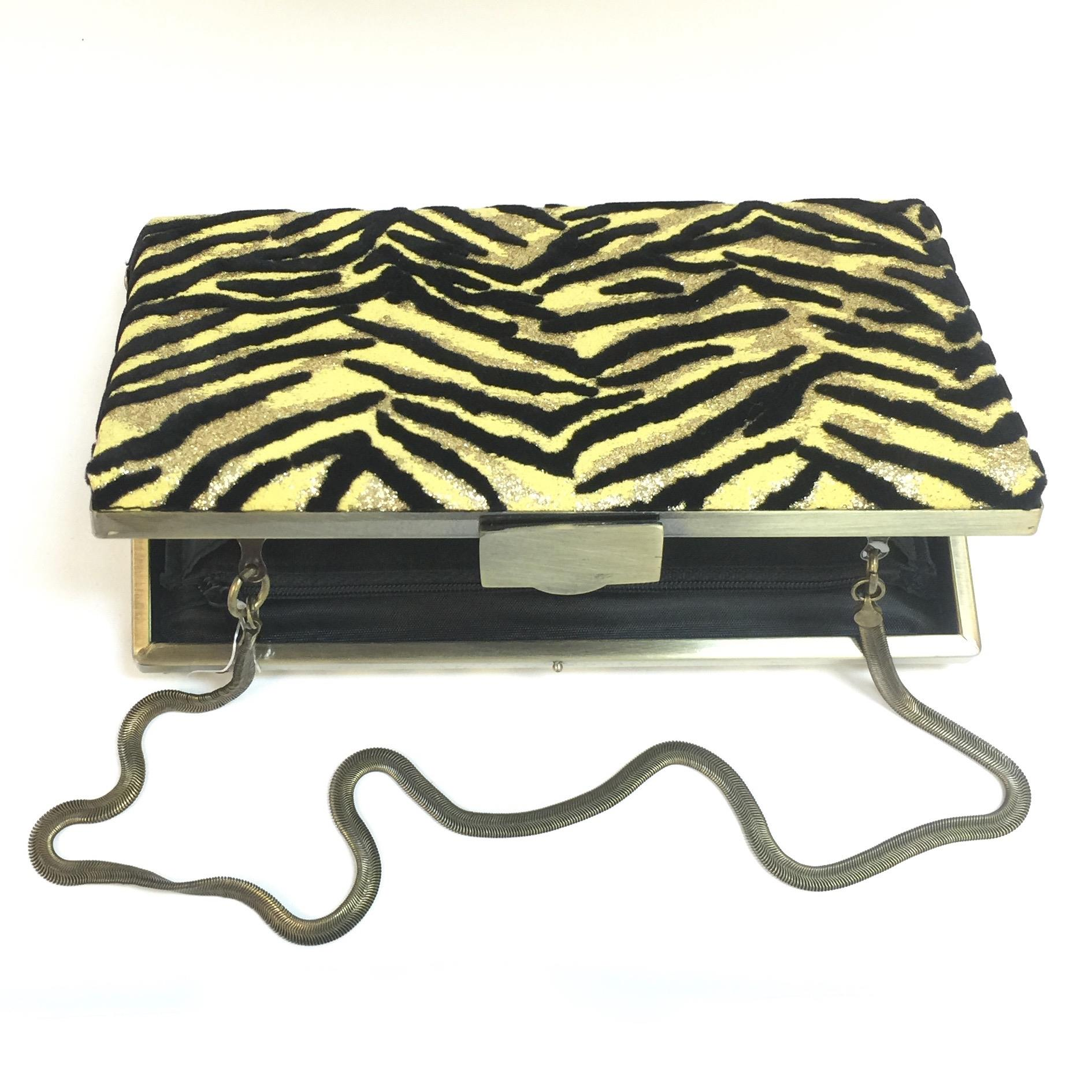 Tiger Pattern Clutch