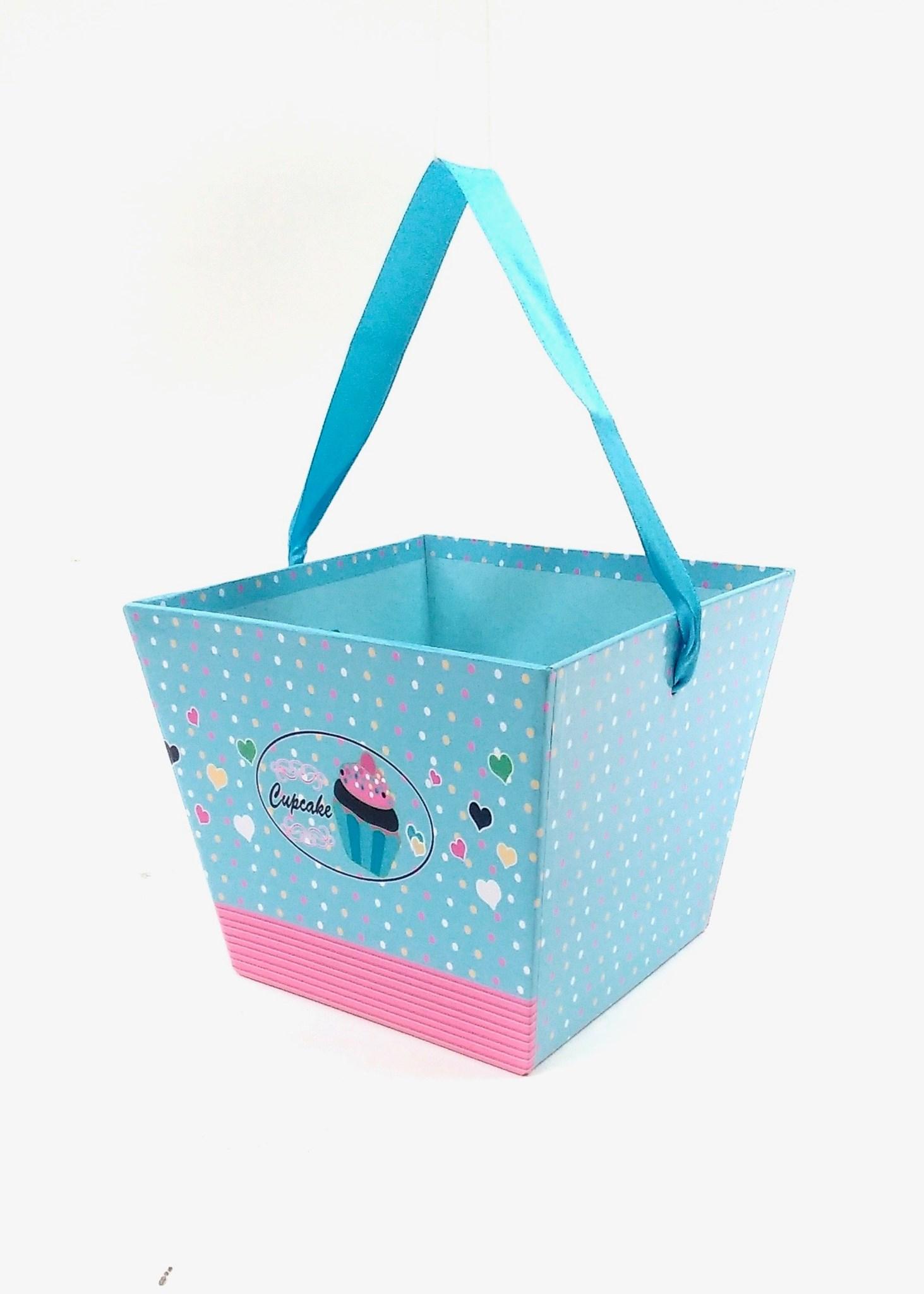 Gift Basket Cupcake Design