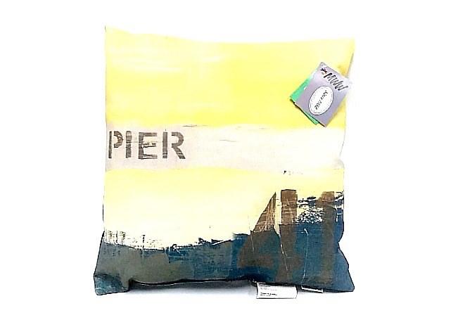 Pier KNF Edge Pillow