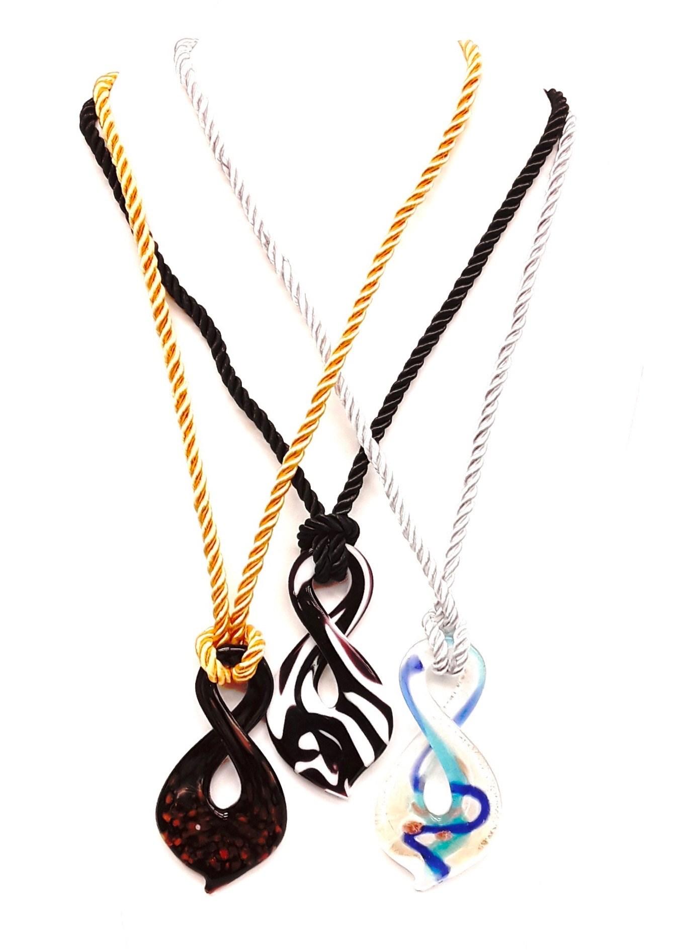 """21""""-24""""L Asst Figure 8 Necklaces"""