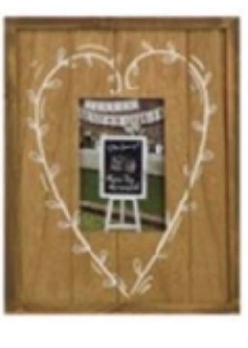 Alsace Heart 8x10 Rustic Frame